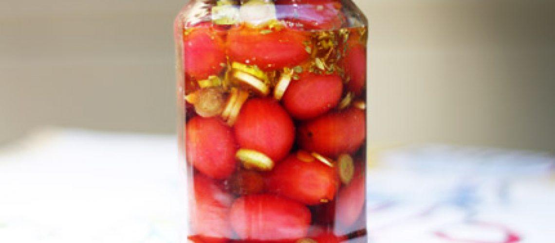 jar pickled tomato